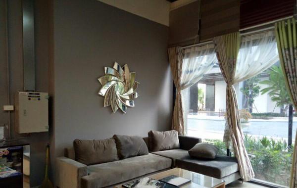 Gương phòng khách trang trí hoàn thiện vẻ đẹp không gian nội thất