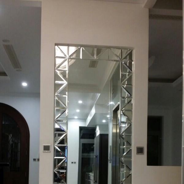 Gương soi toàn thân treo tường hiện đại