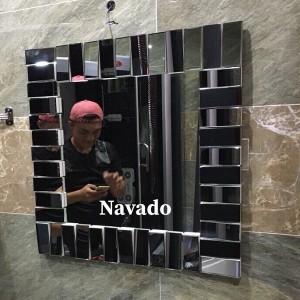 Gương nghệ thuật phòng tắm The Word