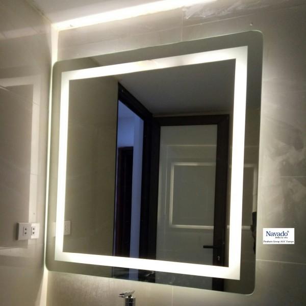 Gương phòng tắm led tròn