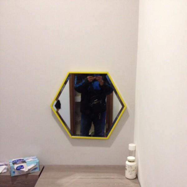 Gương lục giác cho bàn trang điểm