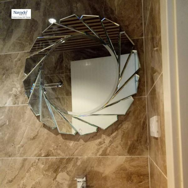 Gương phòng tắm Diana 70cm