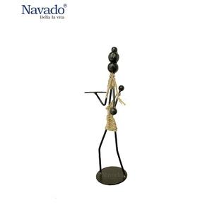 Đồ sắt chân nến decor Mother Navado