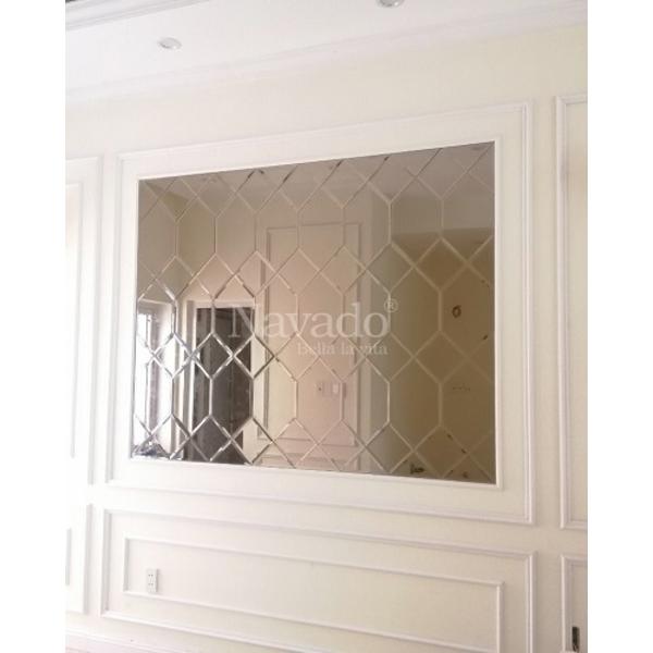 Gương ghép tường phòng khách hiện đại
