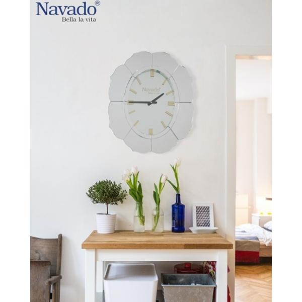 Đồng hồ decor treo tường Lotus
