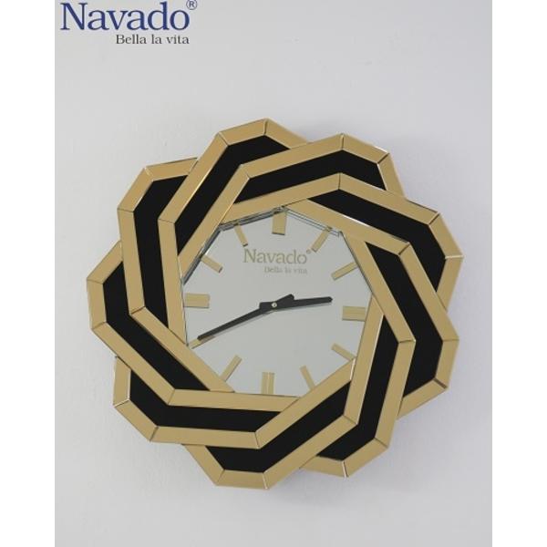 Đồng hồ nghệ thuật treo tường Spider