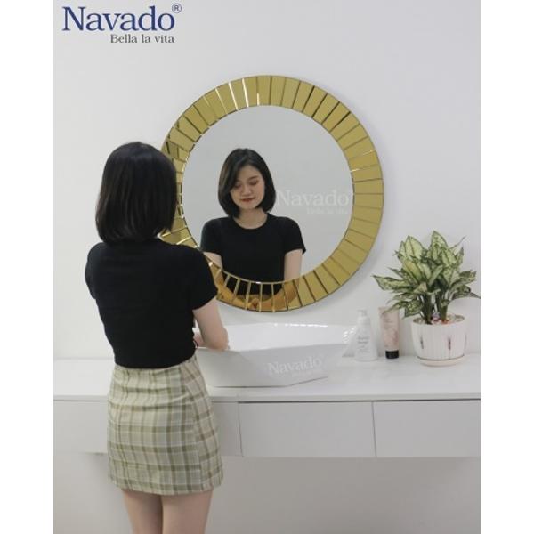 Gương decor nghệ thuật phòng tắm The Light