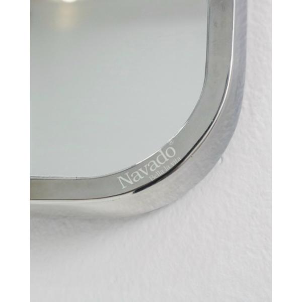Gương inox bo góc hiện đại bàn trang điểm