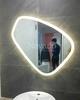 Gương phòng tắm đèn Led cách điệu