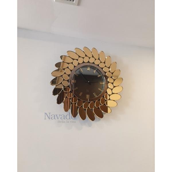 Đồng hồ gương decor phòng khách Casablanca