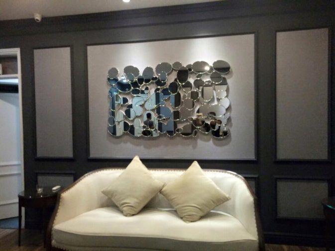 gương trang trí phòng khách navado
