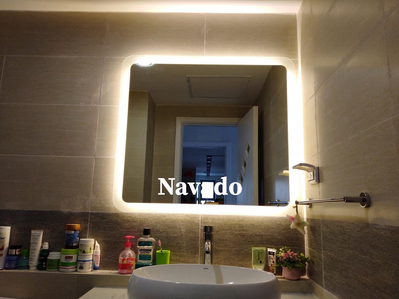 Gương phòng tắm đèn led vuông