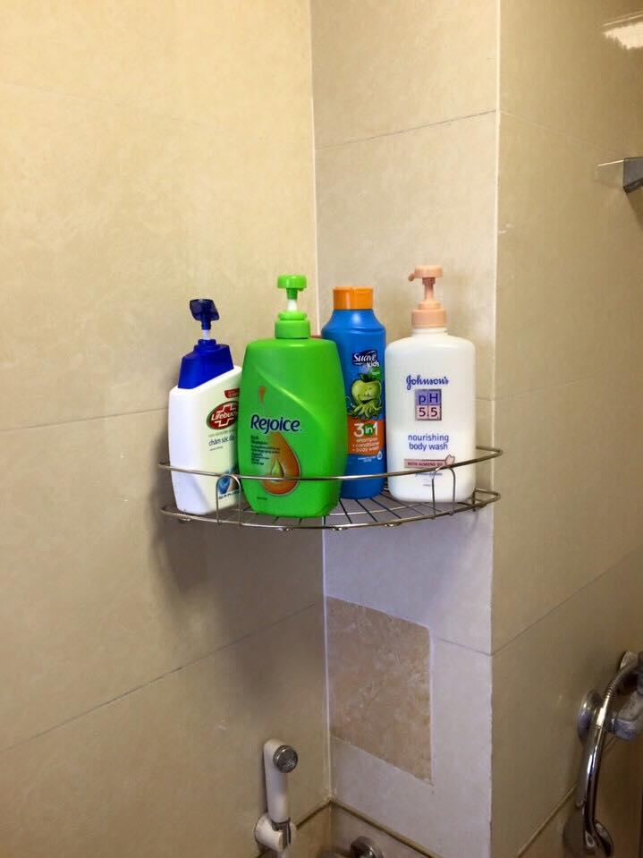 Kệ inox phòng tắm