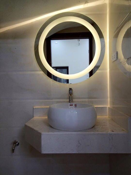 Gương bỉ phòng tắm