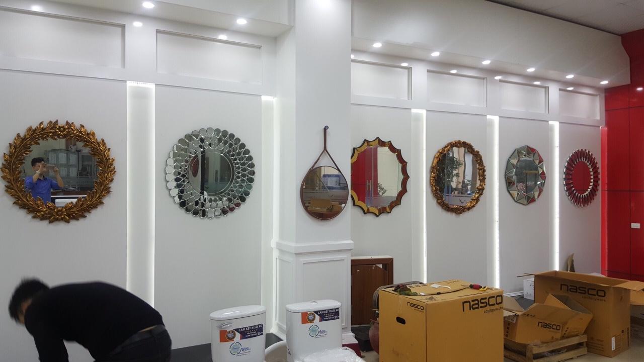 Gương treo tường độc đáo mua ở đâu