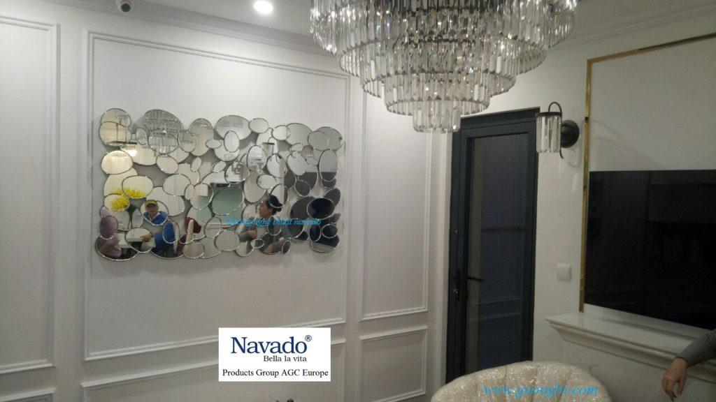 Gương trang trí nghệ thuật phòng khách
