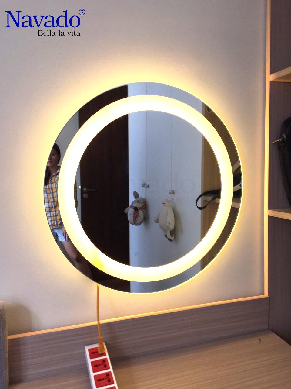 Gương trang điểm đèn led cho phái đẹp