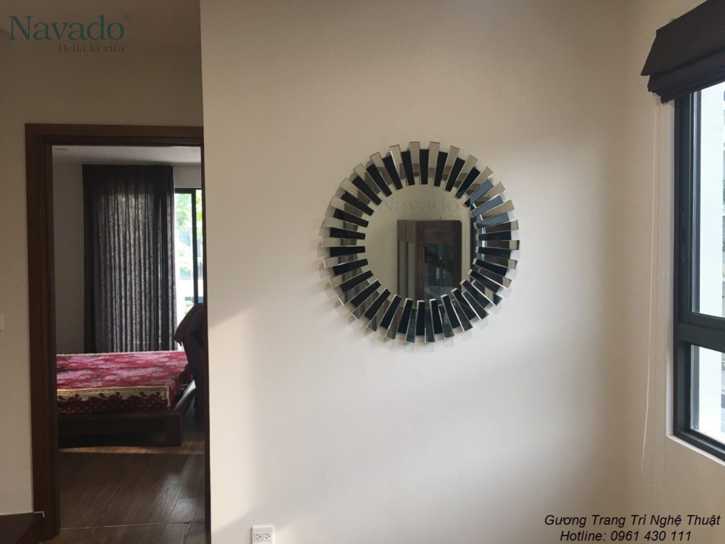 Những mẫu gương treo tường đẹp cho phòng khách