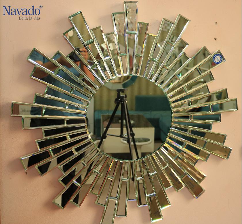 Vì sao nên lựa chọn gương trang điểm Navado