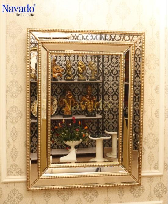 Gương treo phòng khách Moirai