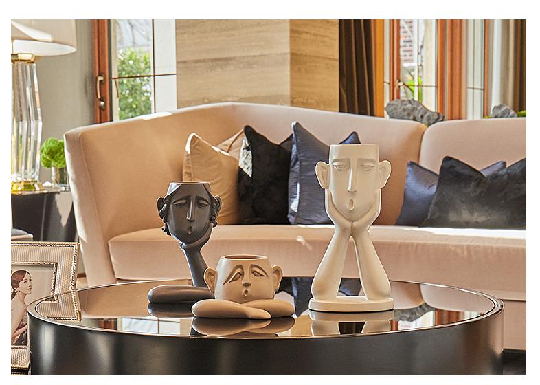 Mua tượng trang trí để bàn