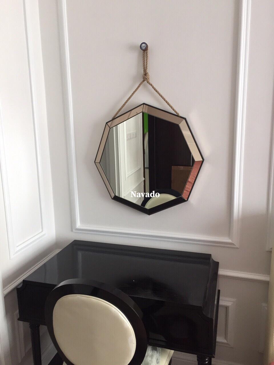Gương trang điểm bát giác