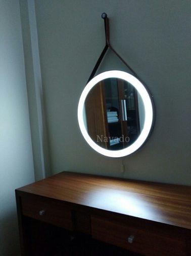 Gương dây da đèn led viền ngoài