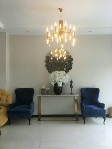 Gương treo tường phòng khách QueenGương treo tường phòng khách Queen