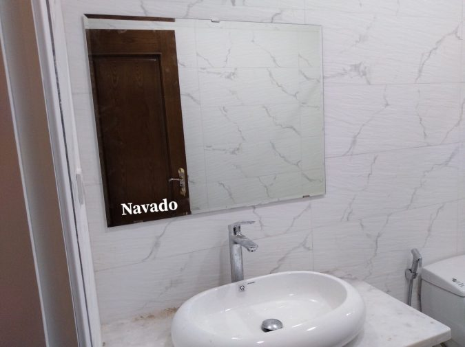 Gương treo phòng tắm cắt theo kích thước