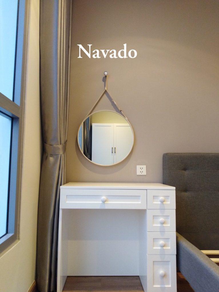 gương bàn trang điểm treo tường hiện đại