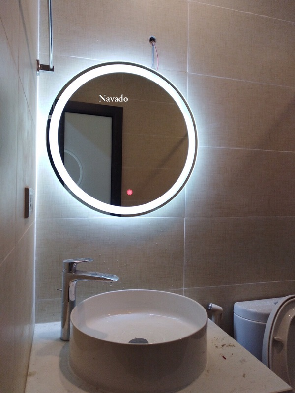 Gương đèn led cảm ứng phòng tắm
