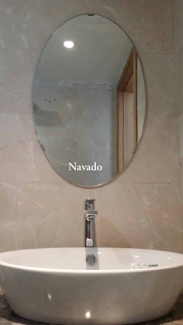 Gương phòng tắm hình Elip (mài xiết cạnh)