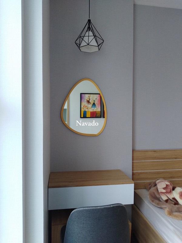 gương bàn trang điểm đẹp và đơn giản