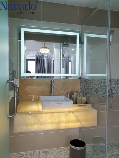 Gương phòng tắm Led trắng